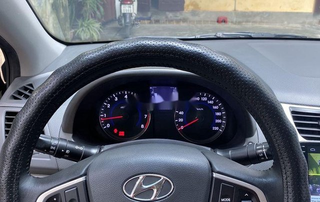 Chính chủ bán Hyundai Accent đời 2013, màu xám, xe nhập6