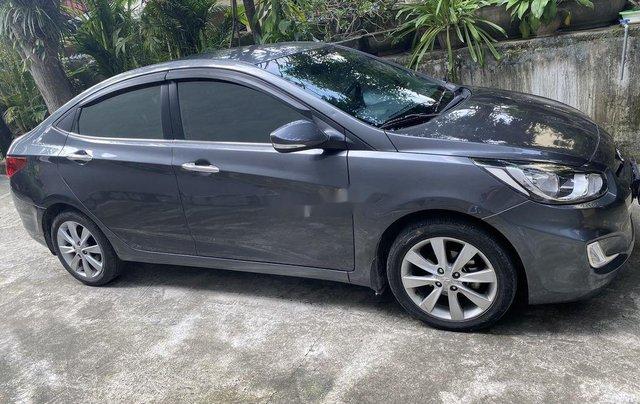 Chính chủ bán Hyundai Accent đời 2013, màu xám, xe nhập2