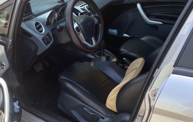 Bán Ford Fiesta sản xuất năm 2013, màu xám số tự động3
