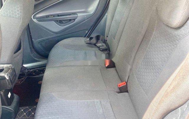 Cần bán xe Ford Fiesta năm 2011, màu bạc 3