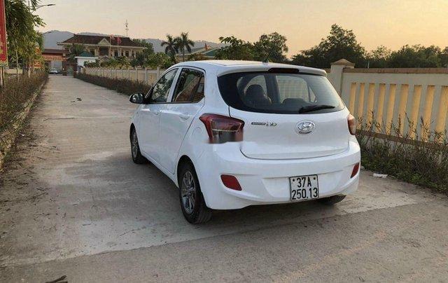 Cần bán lại xe Hyundai Grand i10 đời 2015, màu trắng, nhập khẩu số sàn3