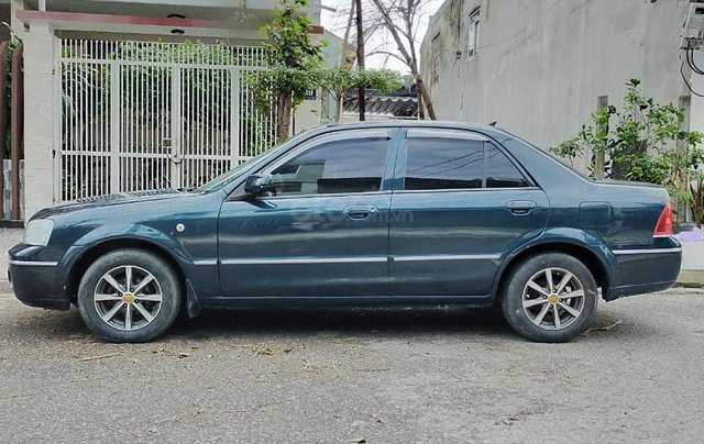 Cần bán xe Ford Laser đời 2005, xe cũ giá tốt7