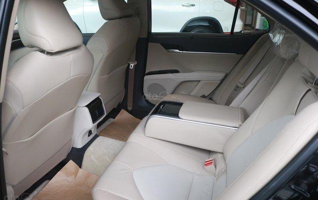 Bán xe Toyota Camry 2.5Q đời 2020, màu đen8
