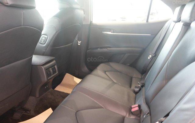 Bán xe Toyota Camry 2.0Q đời 2020, màu trắng7