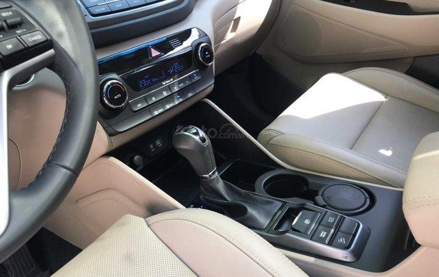 Bán xe Hyundai Tucson sản xuất 2018, màu trắng, số tự động, xe đẹp như mới5