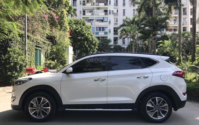 Bán xe Hyundai Tucson sản xuất 2018, màu trắng, số tự động, xe đẹp như mới1