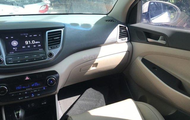 Bán xe Hyundai Tucson sản xuất 2018, màu trắng, số tự động, xe đẹp như mới7