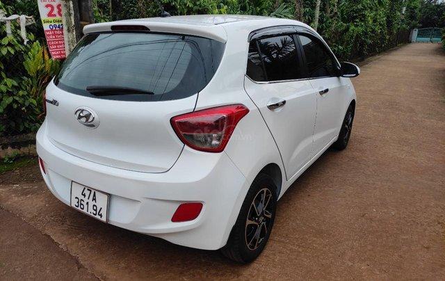 Cần bán xe chính chủ Hyundai Grand i10 giá 195 triệu, màu trắng2