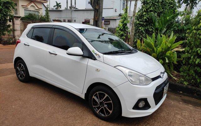 Cần bán xe chính chủ Hyundai Grand i10 giá 195 triệu, màu trắng0