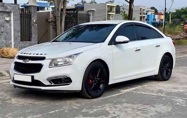 Bán Chevrolet Cruze năm sản xuất 2017, màu trắng, số sàn0