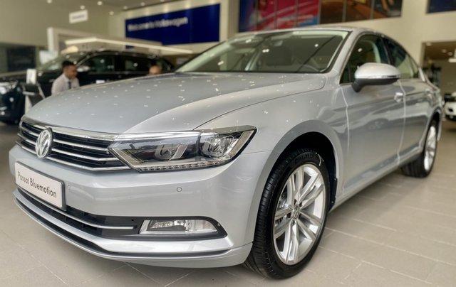 Passat Bluemotion màu bạc - Sedan 5 chỗ nhập 100% Đức - giảm hơn trước bạ và nhiều quà tặng phụ kiện cuối năm1
