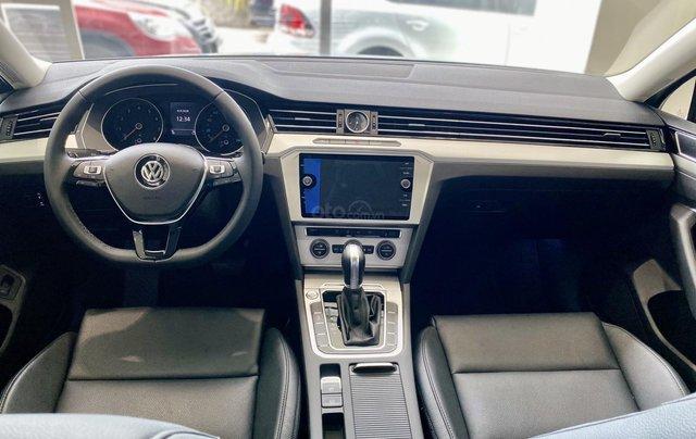 Passat Bluemotion màu bạc - Sedan 5 chỗ nhập 100% Đức - giảm hơn trước bạ và nhiều quà tặng phụ kiện cuối năm4