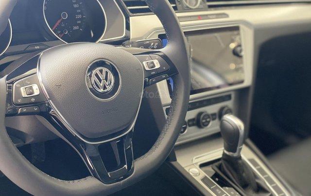 Passat Bluemotion màu bạc - Sedan 5 chỗ nhập 100% Đức - giảm hơn trước bạ và nhiều quà tặng phụ kiện cuối năm7