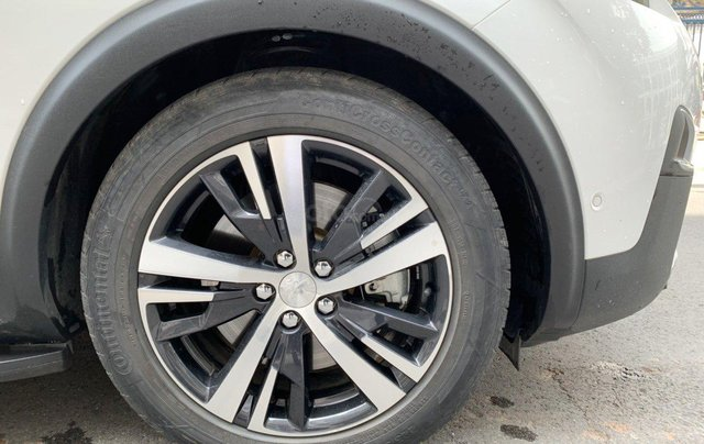 Peugeot 5008 1.6 turbo SX 2018, xe gia đình sử dụng, có hỗ trợ trả góp13