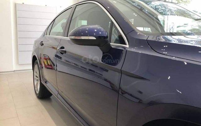 Xe Passat Bluemotion màu xanh - Sedan 5 chỗ nhập Đức - giá tốt - chi phí bảo dưỡng hợp lí - tiết kiệm xăng5