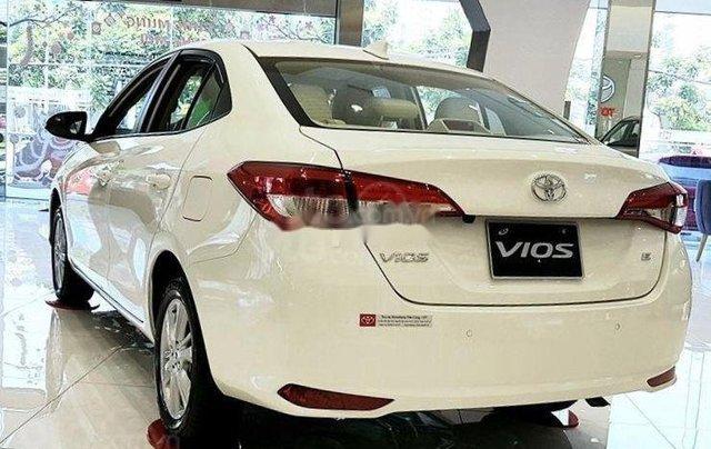 Chính chủ bán xe Toyota Vios bản E 1.5E AT đời 2019 xe còn mới nguyên, đi được 25 000km4