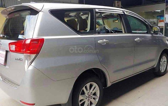 Bán ô tô Toyota Innova sản xuất 2016, màu bạc, số sàn3