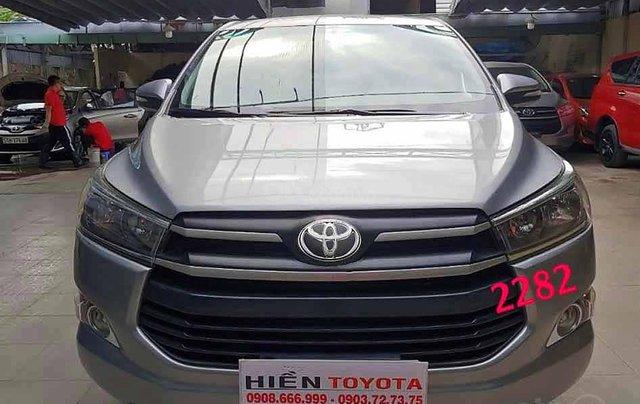 Bán ô tô Toyota Innova sản xuất 2016, màu bạc, số sàn0