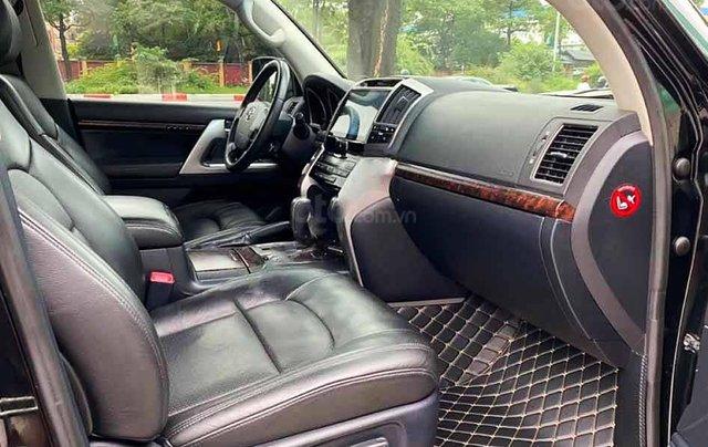 Bán Toyota Land Cruiser năm sản xuất 2013, màu đen, nhập khẩu 1