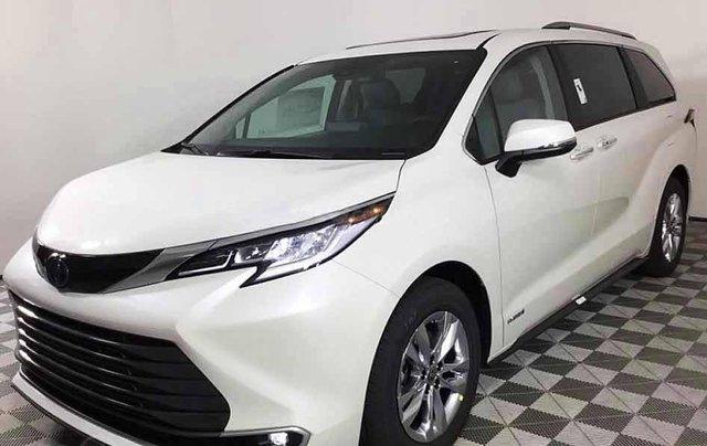 Bán xe Toyota Sienna sản xuất năm 2020, màu trắng, nhập khẩu0