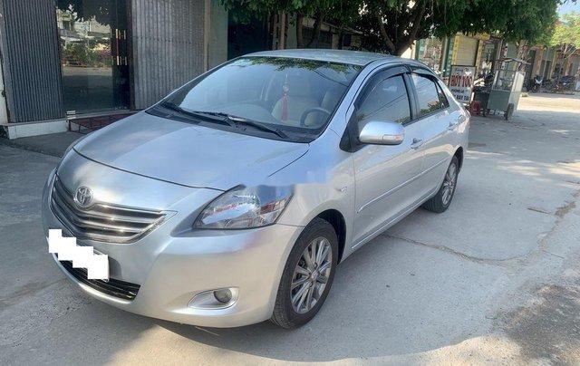 Bán Toyota Vios sản xuất năm 2013, màu bạc còn mới2