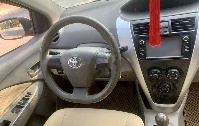 Bán Toyota Vios sản xuất năm 2013, màu bạc còn mới10
