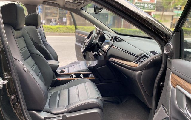Cần bán gấp Honda CR V 2019, màu đen chính chủ9