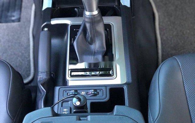Bán xe Toyota Land Cruiser năm sản xuất 2020, nhập khẩu Nhật Bản như mới7