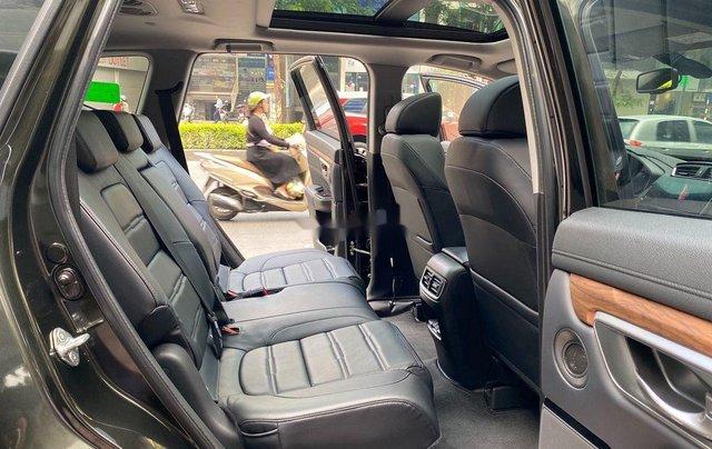 Cần bán gấp Honda CR V 2019, màu đen chính chủ10