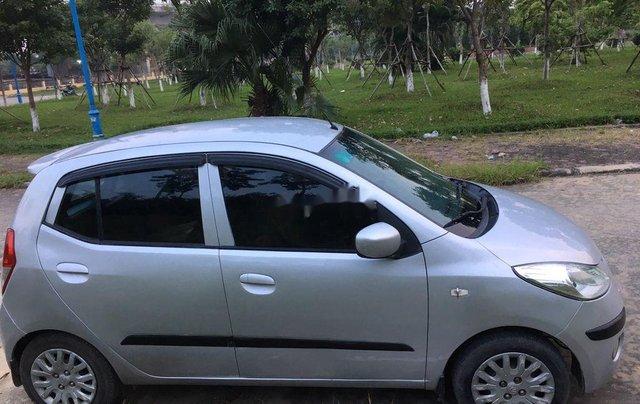 Cần bán xe Hyundai Grand i10 2010, màu bạc, xe nhập5