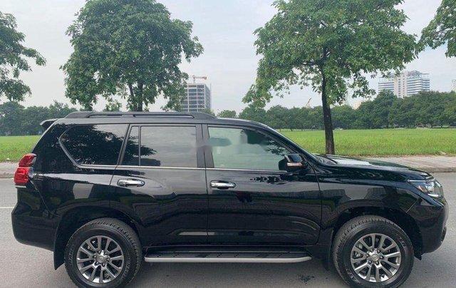 Bán xe Toyota Land Cruiser năm sản xuất 2020, nhập khẩu Nhật Bản như mới3