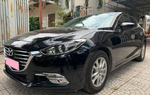 Cần bán gấp Mazda 3 năm 2019, màu đen, số tự động, 566 triệu1