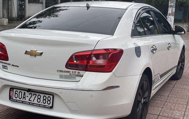 Bán Chevrolet Cruze 2016, màu trắng, xe nhập1