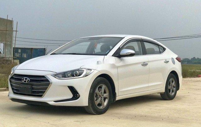 Bán xe Hyundai Elantra sản xuất năm 2018, màu trắng2
