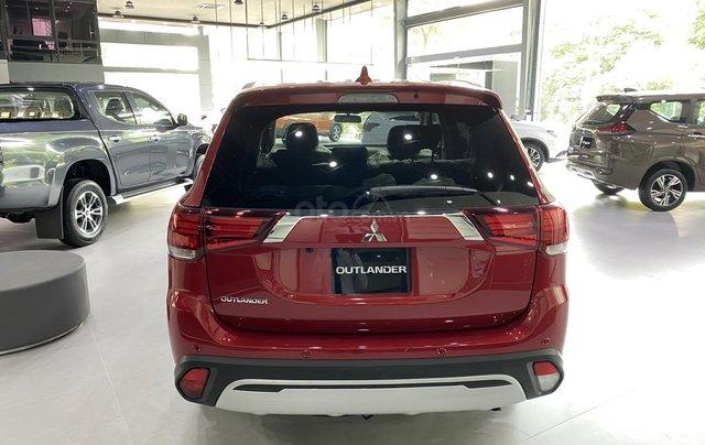 Mitsubishi Outlander 2.0 CVT Premium 2020 hỗ trợ 100% thuế trước bạ - tặng camera 3602