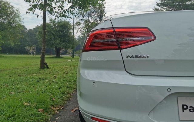 Passat Bluemotion trắng, Sedan 5 chỗ nhập khẩu 100% Đức, khuyến mãi 120% trước bạ, đăng kí lái thử tận nhà9