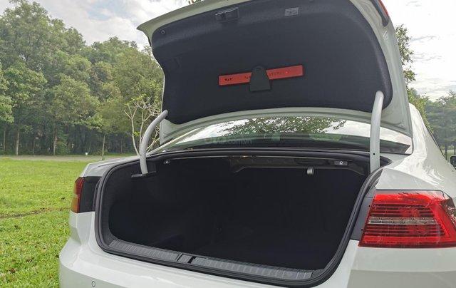 Passat Bluemotion trắng, Sedan 5 chỗ nhập khẩu 100% Đức, khuyến mãi 120% trước bạ, đăng kí lái thử tận nhà11