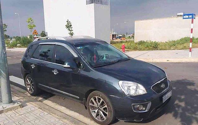 Cần bán Kia Carens sản xuất năm 2012, màu xám, giá tốt0