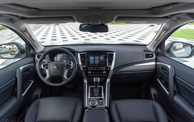 Mitsubishi Pajero Sport 2020, nhập khẩu nguyên chiếc8