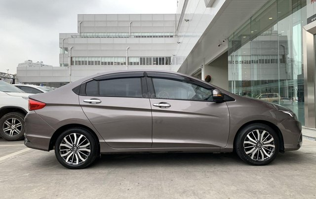 Cần bán xe Honda City Top 2018 màu nâu gia đình BS đồng nai đi 53.500km - xe cũ chính hãng giá tốt3