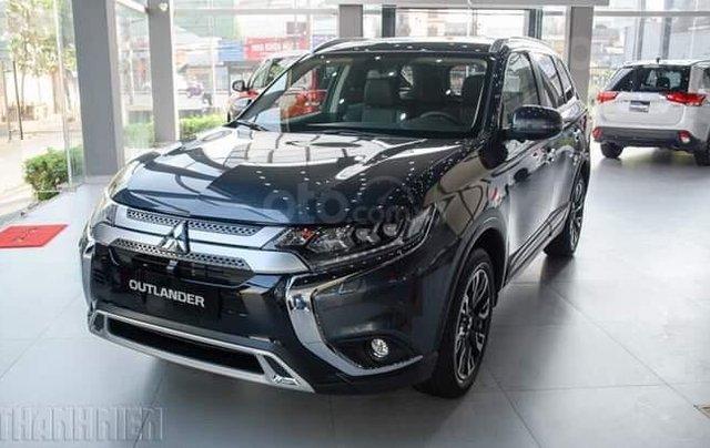 Mitsubishi Outlander - giảm 100% phí trước bạ, quà tặng hấp dẫn, xe giao ngay1
