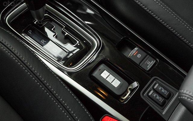 Mitsubishi Outlander - giảm 100% phí trước bạ, quà tặng hấp dẫn, xe giao ngay7