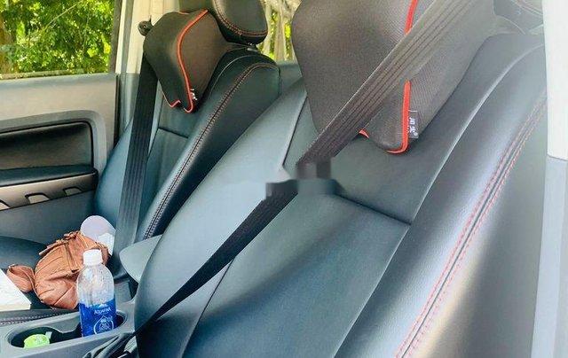 Bán Ford Ranger đời 2017, màu trắng xe gia đình, giá chỉ 600 triệu6
