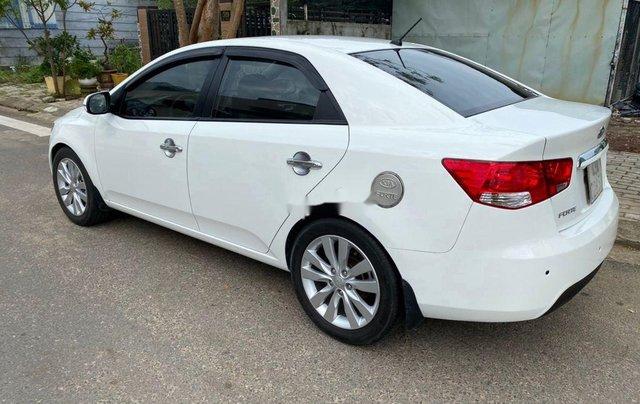 Bán Kia Forte năm sản xuất 2011, màu trắng xe gia đình1