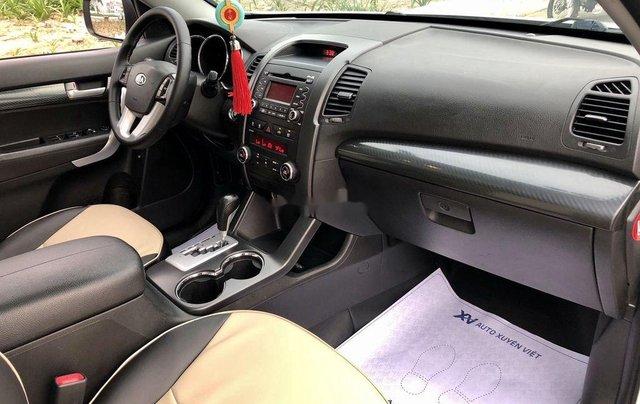 Bán Kia Sorento sản xuất năm 2012, màu trắng còn mới 9