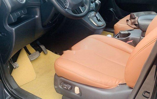 Cần bán lại xe Kia Carens đời 2012, màu đen xe gia đình9
