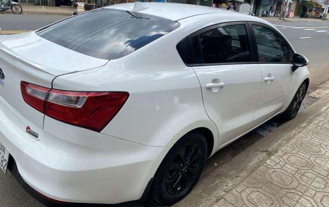 Bán Kia Rio sản xuất 2016, màu trắng, nhập khẩu nguyên chiếc còn mới1