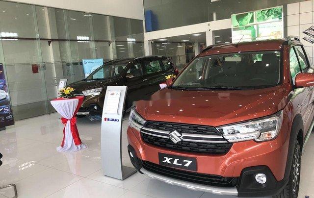 Bán xe Suzuki XL 7 sản xuất năm 2020, màu đỏ, nhập khẩu3