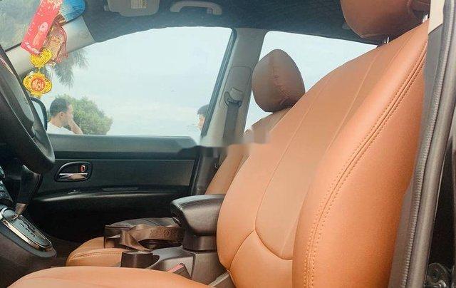 Cần bán lại xe Kia Carens đời 2012, màu đen xe gia đình6