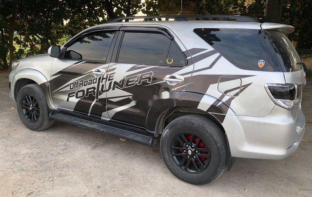 Bán xe Toyota Fortuner năm 2014 chính chủ, 555tr1